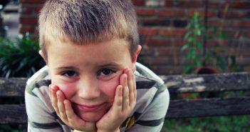 https://pixabay.com/en/boy-idea-sad-eyes-school-thinking-1867332/